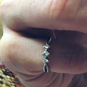 Kay Jewelers 1/6 Carat Three Diamond Promise Ring